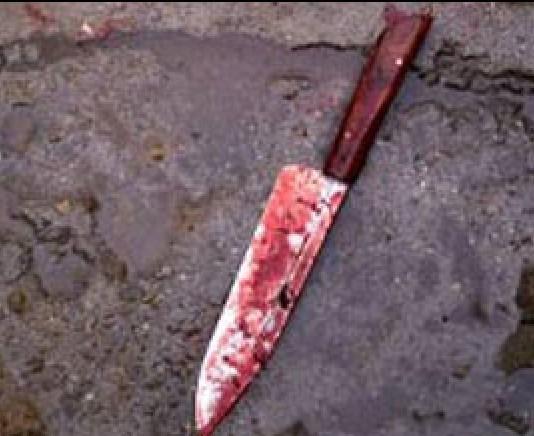 مقتل مواطن بالحفاير طعناً ومصرع شقيقَيْه بانقلاب سيارة