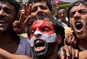 هيومن رايتس وتش تقول إن الفترة الإنتقالية في اليمن تحتاج للمحاسبة ولإصلاح قطاع الأمن