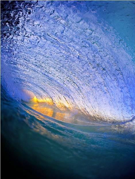 صور رائعة للأمواج من شواطئ هاواي 20120606_picture8-e1338964846896.jpg