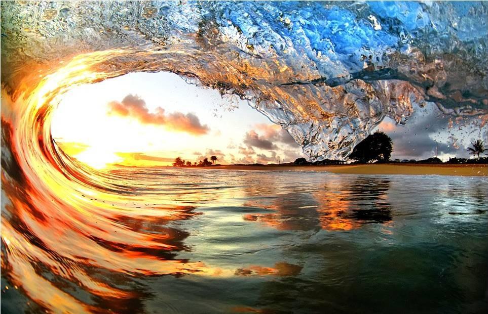 صور رائعة للأمواج من شواطئ هاواي 20120606_picture9-e1338965420564.jpg