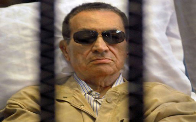 مصر: الحالة الصحية لمبارك في تدهور مستمر داخل السجن